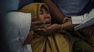 Indonesian Plane Crashes With 189 On Board; Survivors Unlikely