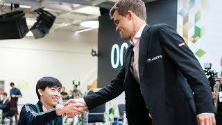 Magnus Carlsen VS 19 year Old American!!! Amazing Speed Chess
